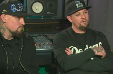 Joel et Benji Madden Channel 4 News